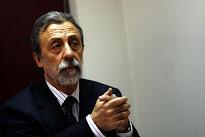 """Luis Mesina: """"Es poco estético e indignante que las autoridades negocien a espaldas de las ciudadan"""