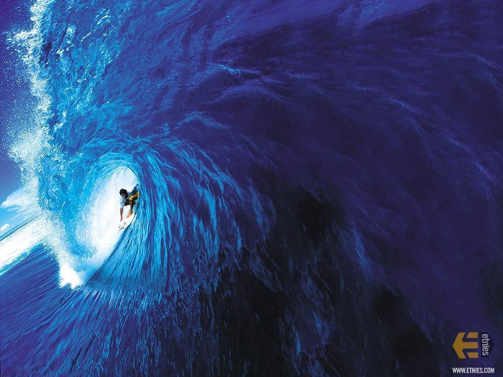 http://3.bp.blogspot.com/-DDlawWbIxqU/TvndgSrKu1I/AAAAAAAACKQ/Vu18qVp9wpE/s1600/wallpaper-surf-716537.jpg