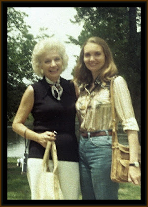 SjwR and Mom 1976