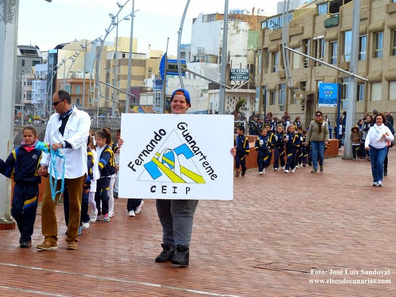 Escolares piden Paz en Las Canteras, Las Palmas de Gran Canaria