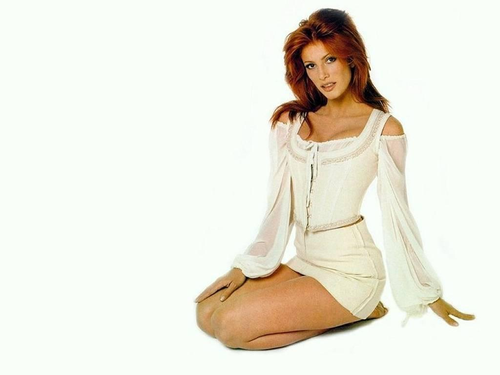 wallpaper pelho28: hd wallpaper of angie everhart hot