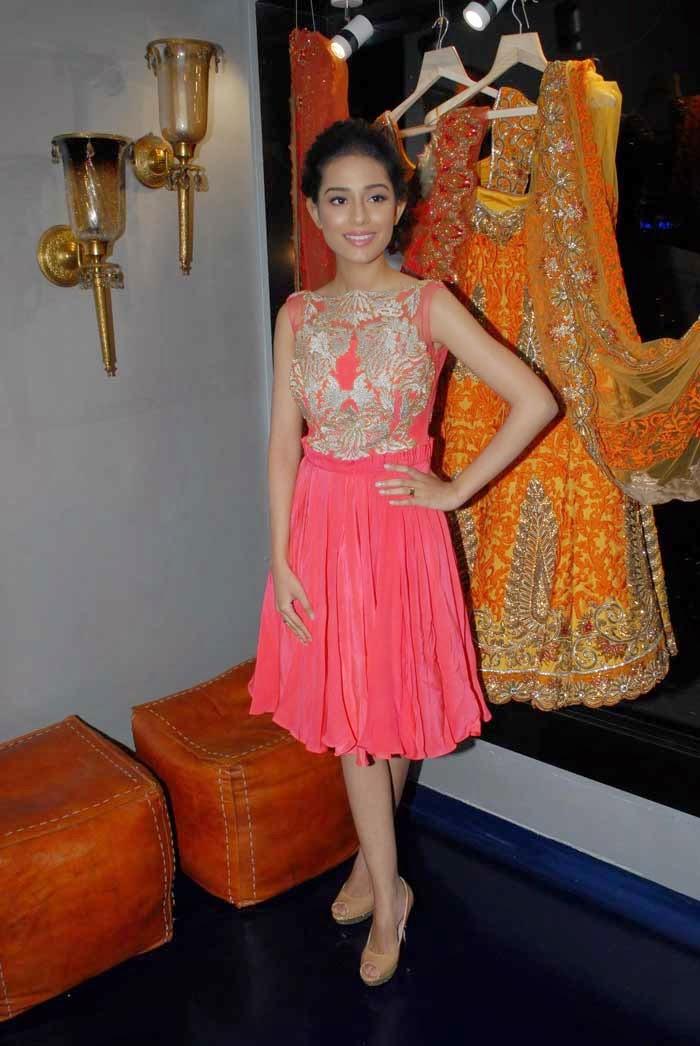Amrita Rao at Mayyur Girotra Couture