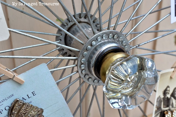 DIY how to upcycle a bicycle wheel picture holder