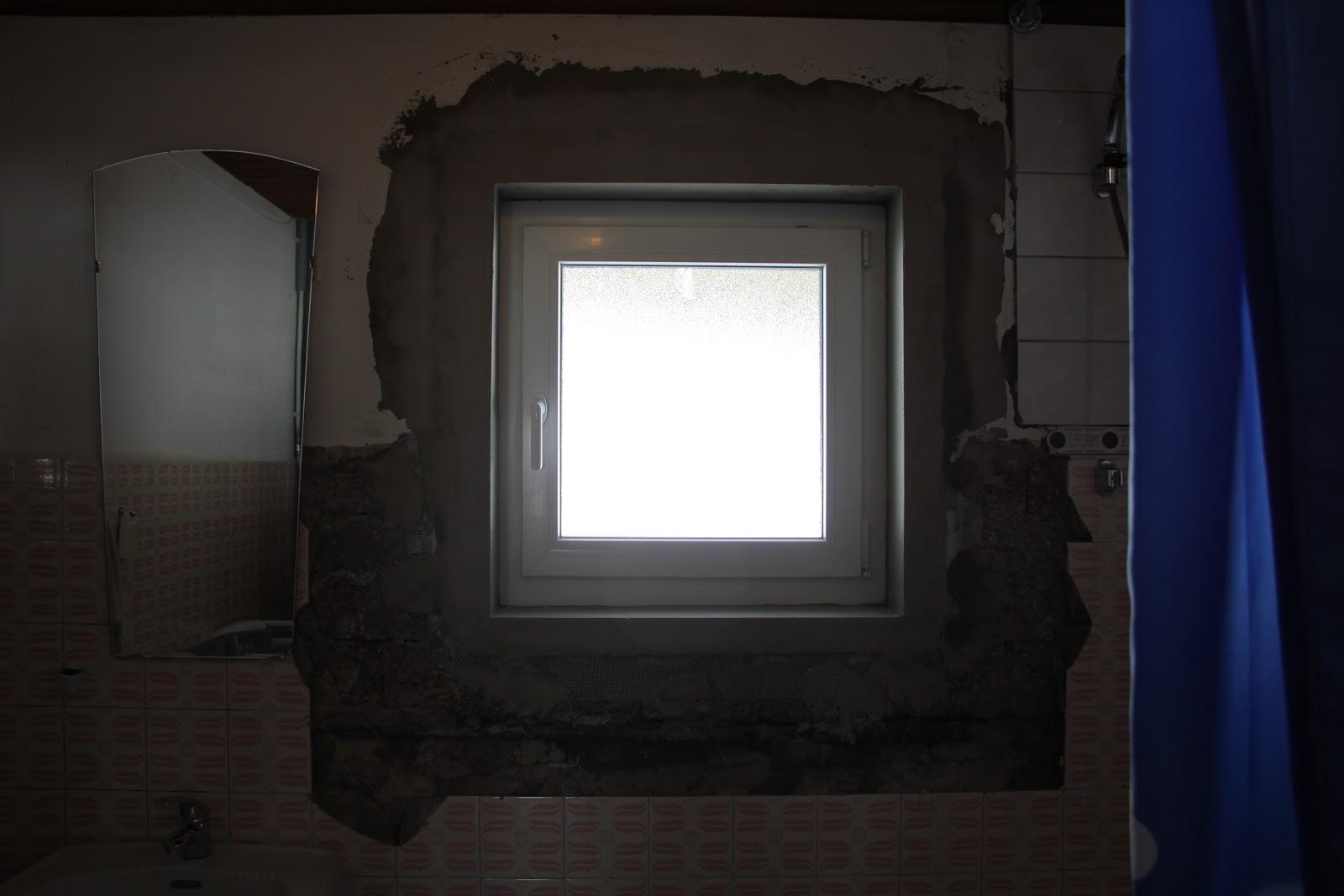 Naar oostenrijk 24 maart 2013 - Huidige badkamer ...