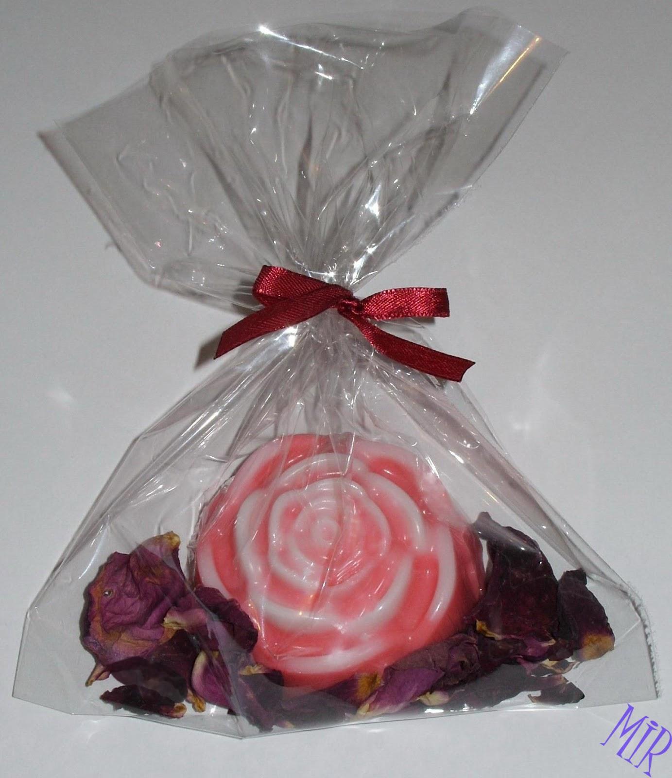 Кулечек для лепестков роз своими руками