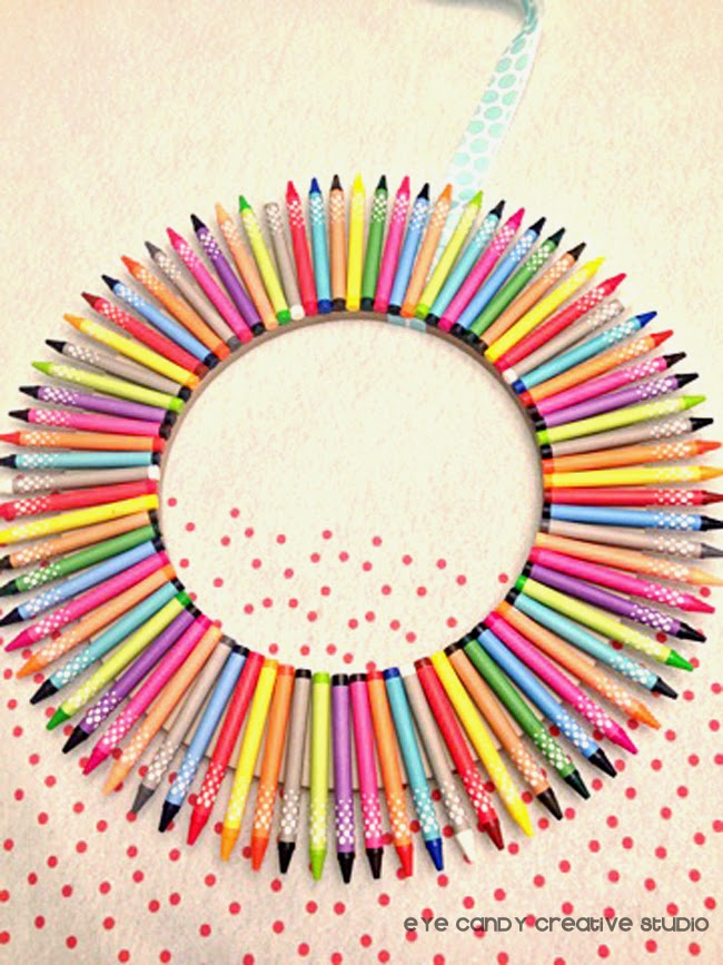 finished crayon wreath, classroom decor, teacher gift, Target crayons