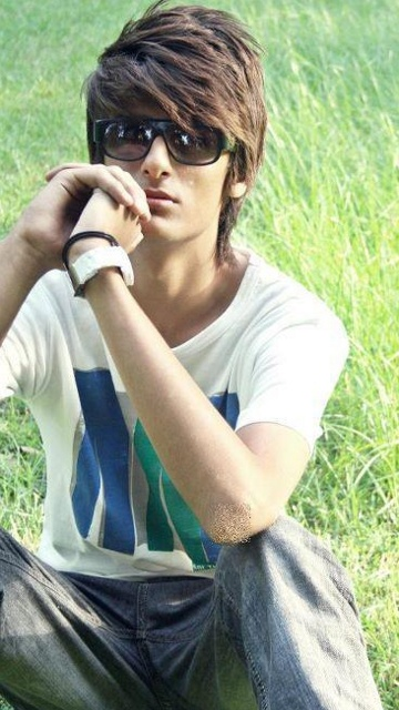 Latest Stylish Boys Glasses Pictures - Displaypix