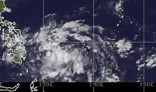 Pot. Tropischer Sturm SON TINH | OFEL (Taifunsaison), Son Tinh, Ofel, Taifunsaison 2012, aktuell, Philippinen, Oktober, 2012, Satellitenbild Satellitenbilder,