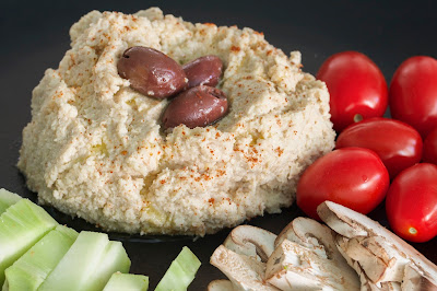 kid friendly roasted cauliflower hummus