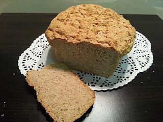 Chleb orkiszowy na drożdżach.