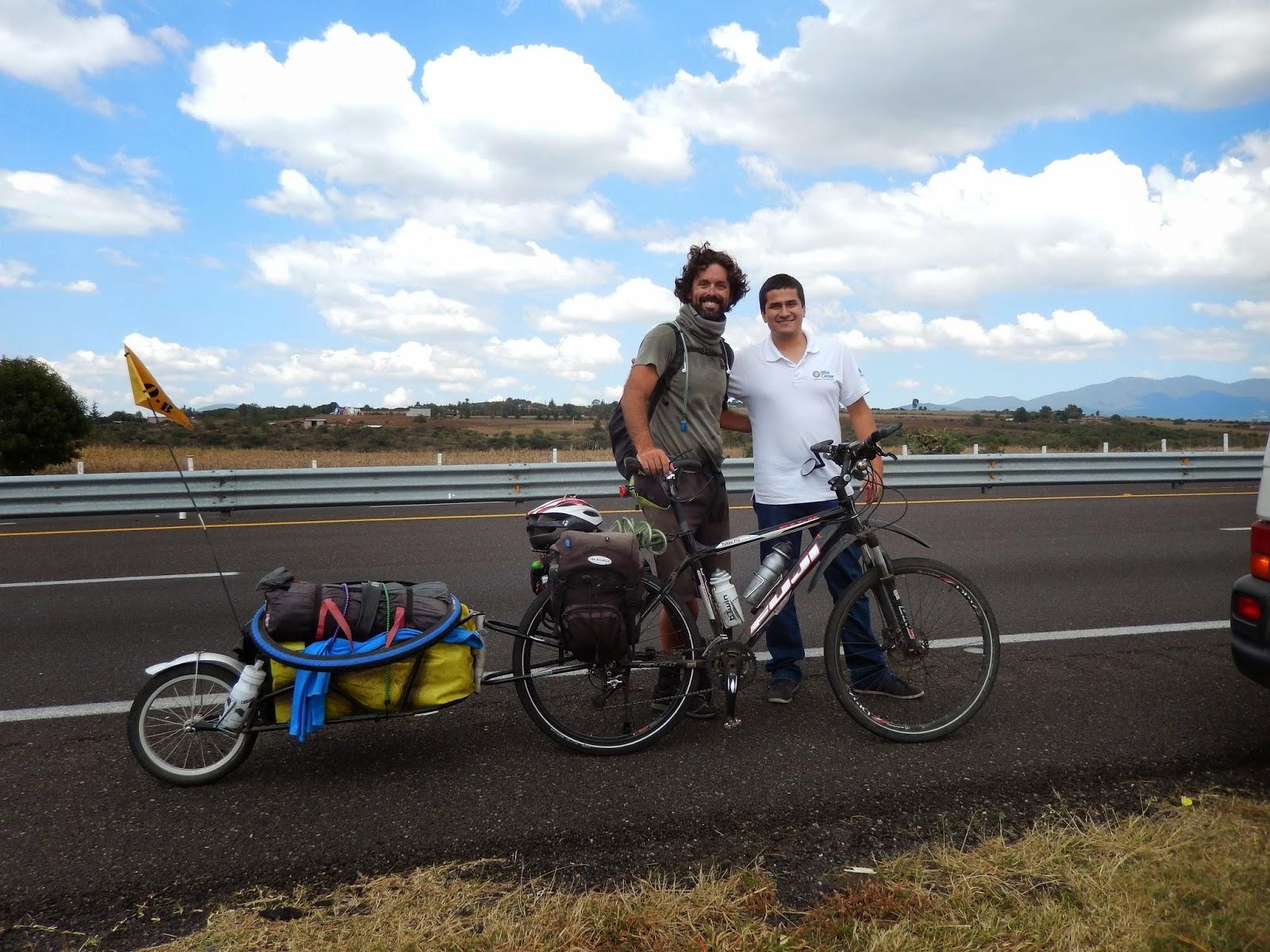 cicloturismo, bob yak, ciclismo de alforjas, ruta panamericana