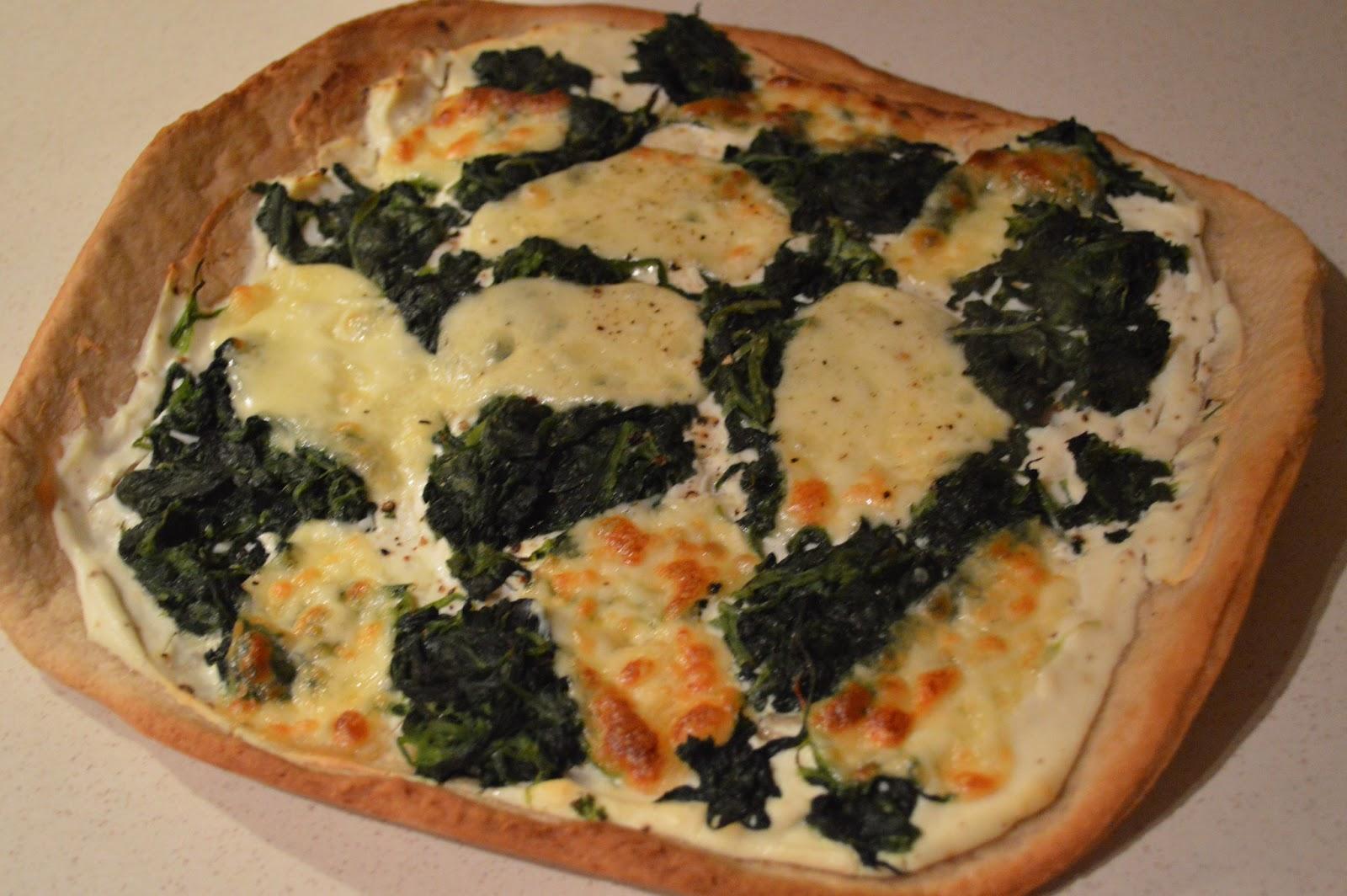 spinach and ricotta pizza blanco