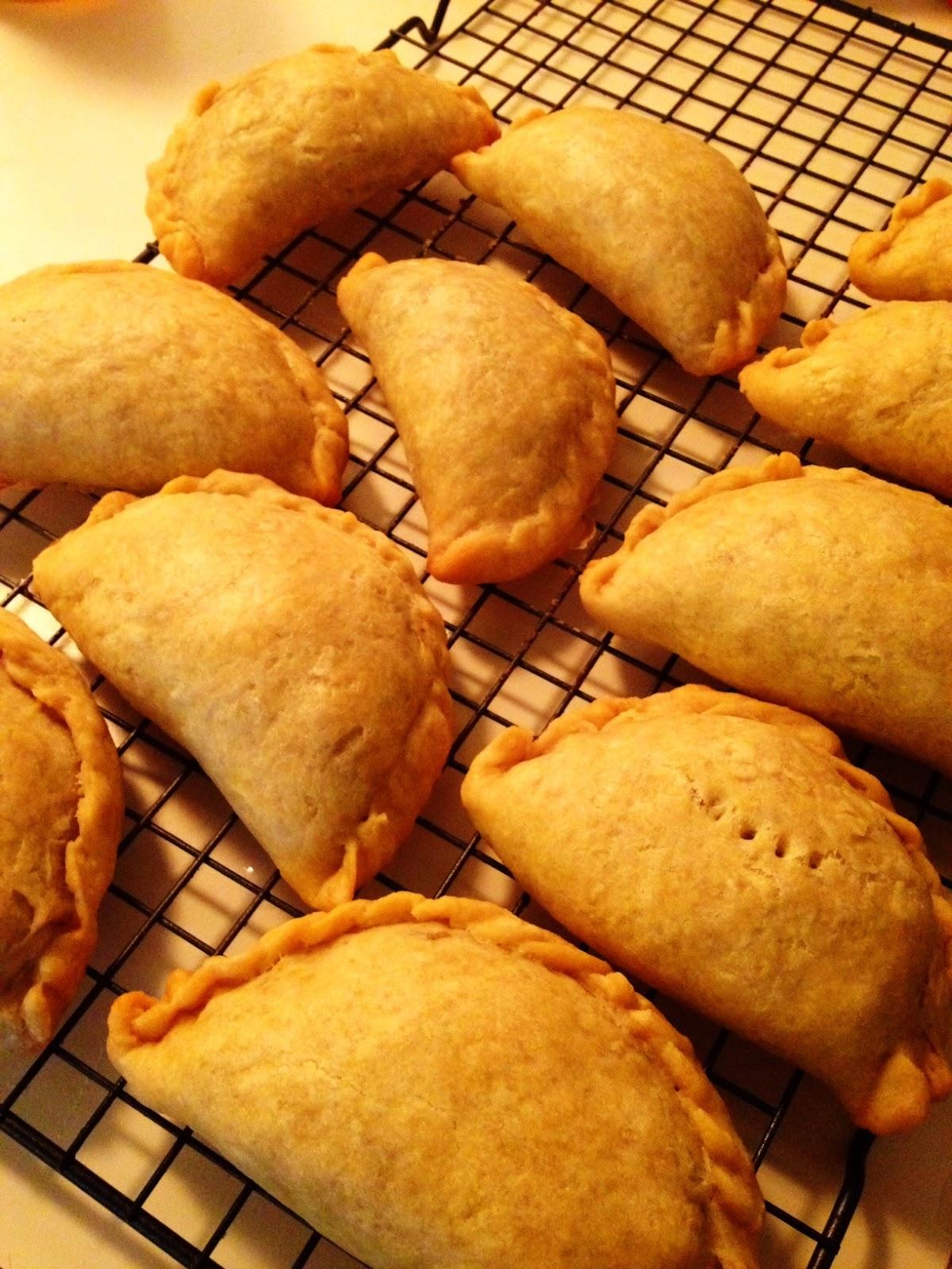 Wholly vegan veganmofo day 10 filipino empanadas forumfinder Choice Image
