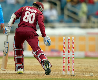 Denesh-Ramdin-Bowled-West-Indies-vs-India-Tri-Series-2013