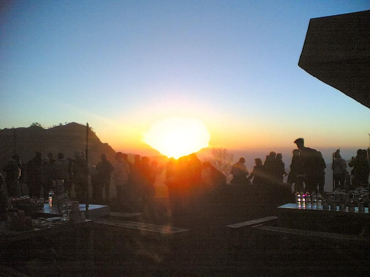 Paket Wisata Bromo Midnight Sunrise Tour