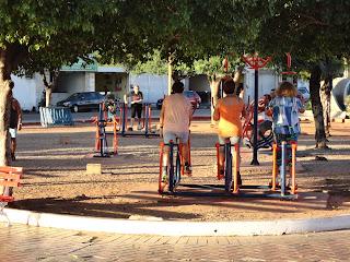 Boa adesão da população aos exercícios.