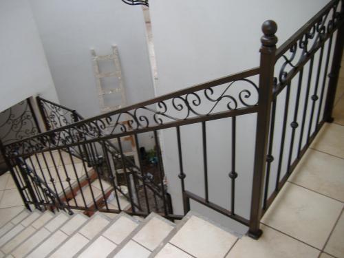 Balconeria y herreria dancar - Escaleras hierro forjado ...