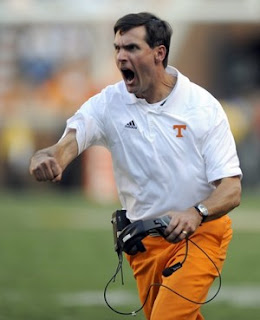 Was the obsession over Derek Dooley's orange pants inspired by Kenny Chesney?
