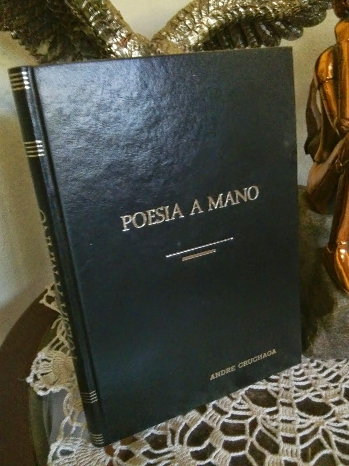 POESÍA A MANO (ANTOLOGÍA)