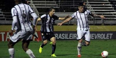 Bragantino vence a terceira seguida