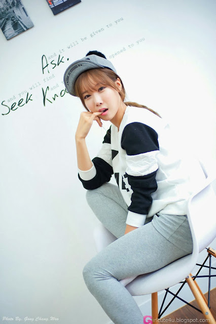 2 Lovely Cheon Bo Young - very cute asian girl-girlcute4u.blogspot.com