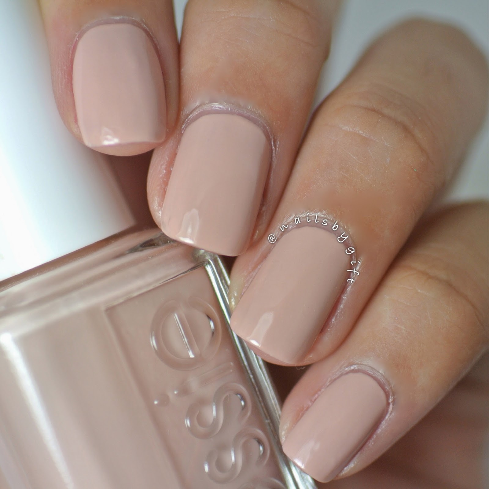 Nails by Gift: Essie Spring 2014 Collection + Review