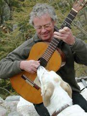 Toca la guitarra flamenca