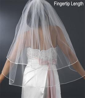 Sposi con sponsor in calabria il velo da sposa la sua - Porta tocca pavimento ...