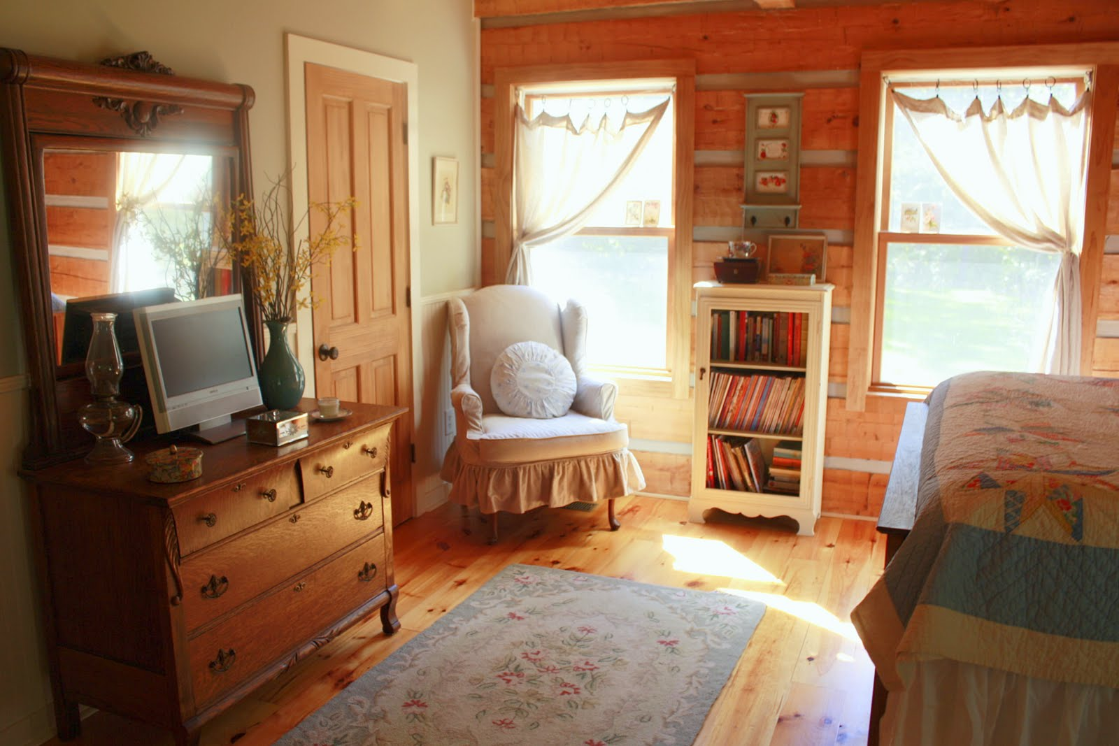 Carolina Country Living: House Tour: The Master Bedroom