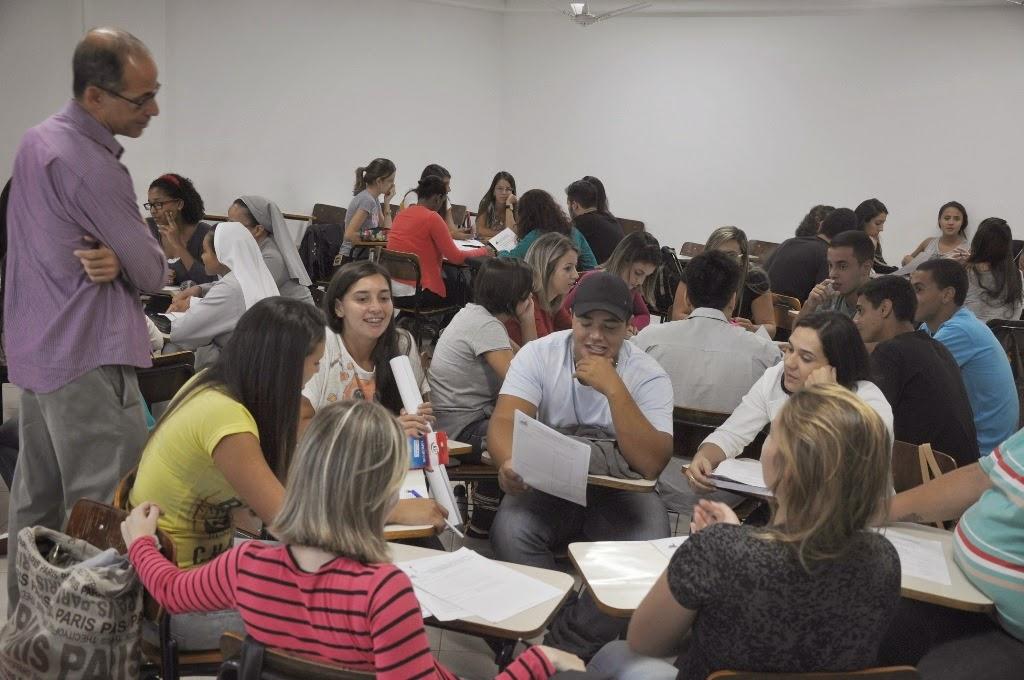 Calouros de Administração e Ciências Contábeis do UNIFESO Teresópolis debatem o desafio da água