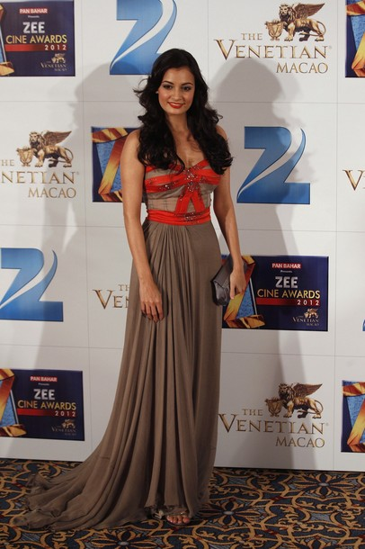 Indian Actress Dia Mirza At Zee Cine Awards Photos Stills Photoshoot images
