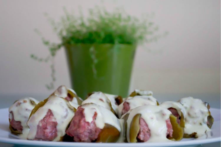 pimientos+verde+rellenos Pimientos del piquillo verdes rellenos en tartar de carne y cabrales
