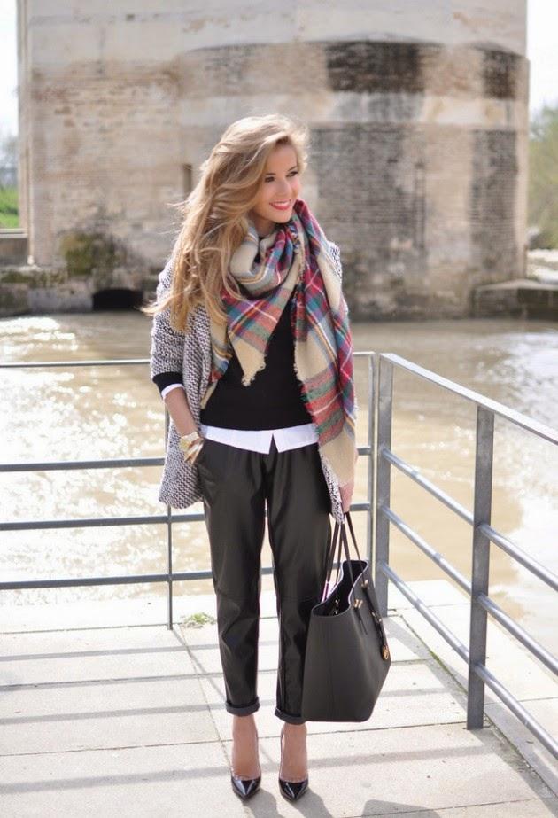 conjuntos u outfits con bufandas