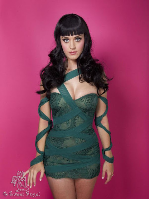 Singer Katy Perry 2012 Wallpaper