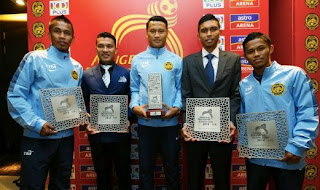 Gambar pemenang anugerah bola sepak kebangsaan 2014