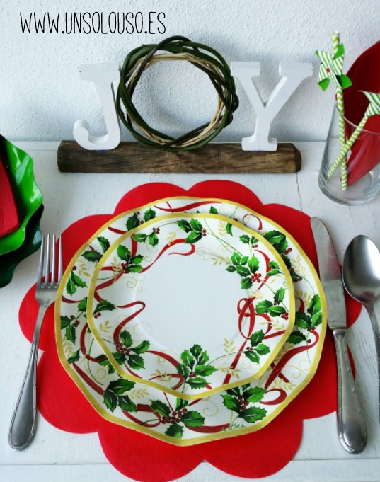 platos-desechables-navidad-acebo