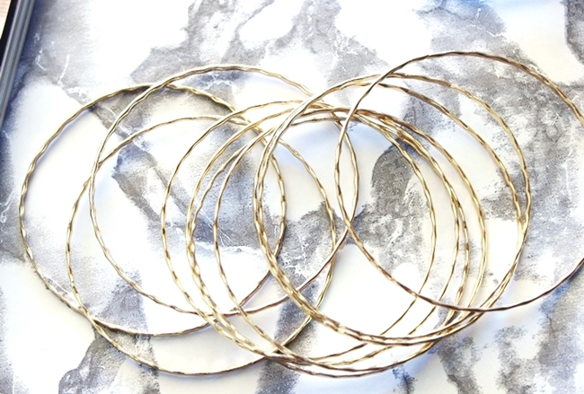 H&M gold accessories.H&M gold bracelets bangle set.H&M zlatne narukvice set.