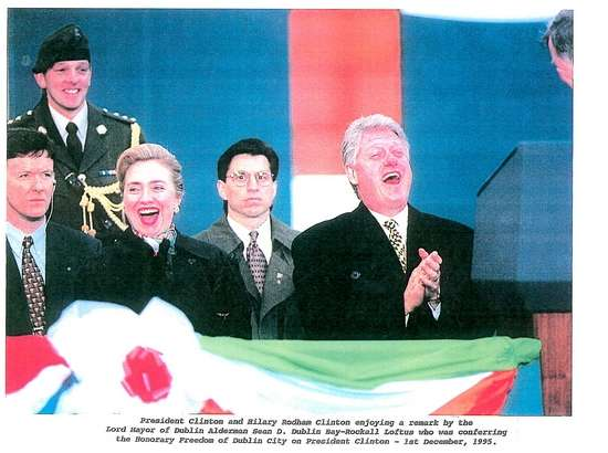 SAIC Lew Merletti with the Clintons