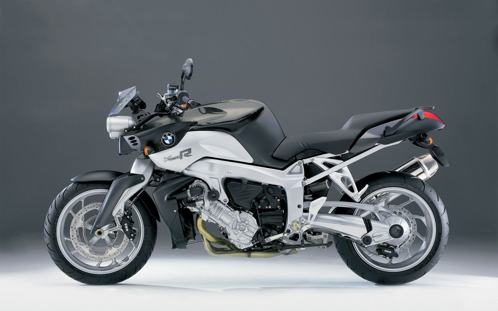 PixBikes  Coolest Motorcycle Pictures and Images  BMW K1200R
