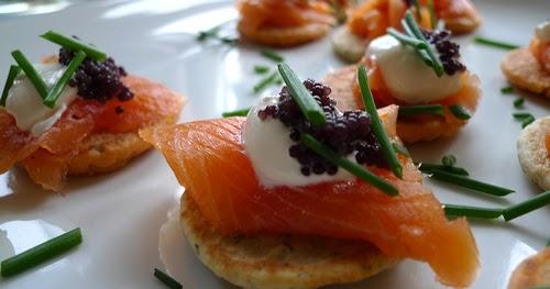 Receitas especiais canap de salm o caviar e creme for Canape de caviar
