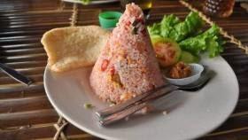 Makanan saung Gawir