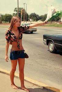 http://3.bp.blogspot.com/-DIxqg-PSWX0/T5v-14zLuQI/AAAAAAABFfQ/godRX2hCA-c/s300/Street+Life+of+Americans+in+The+1970s+(8).jpg