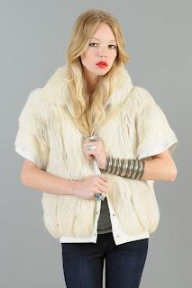 Vintage 1980's fluffy cream colored fox fur gillet vest.