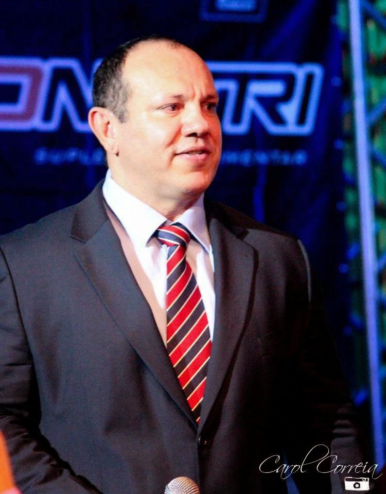 Olivar Leite announcer.