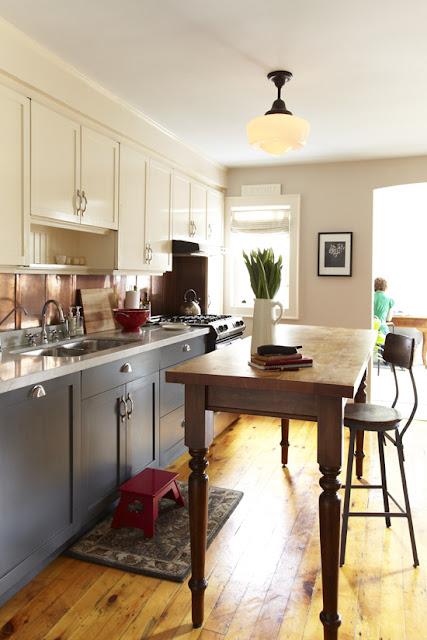 dg trending in design mismatched kitchen cabinets. Black Bedroom Furniture Sets. Home Design Ideas