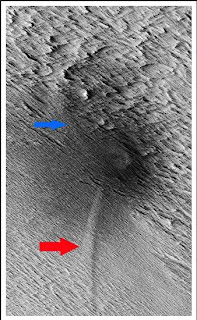 Meteorite Shockwaves Causing Dust Avalanches on Mars