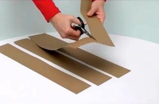 cortar tiras de carton para el castillo