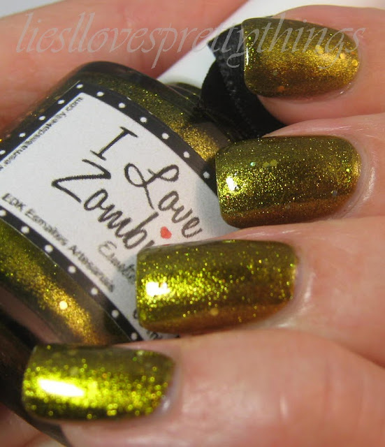 Esmaltes da Kelly I Love Zombies