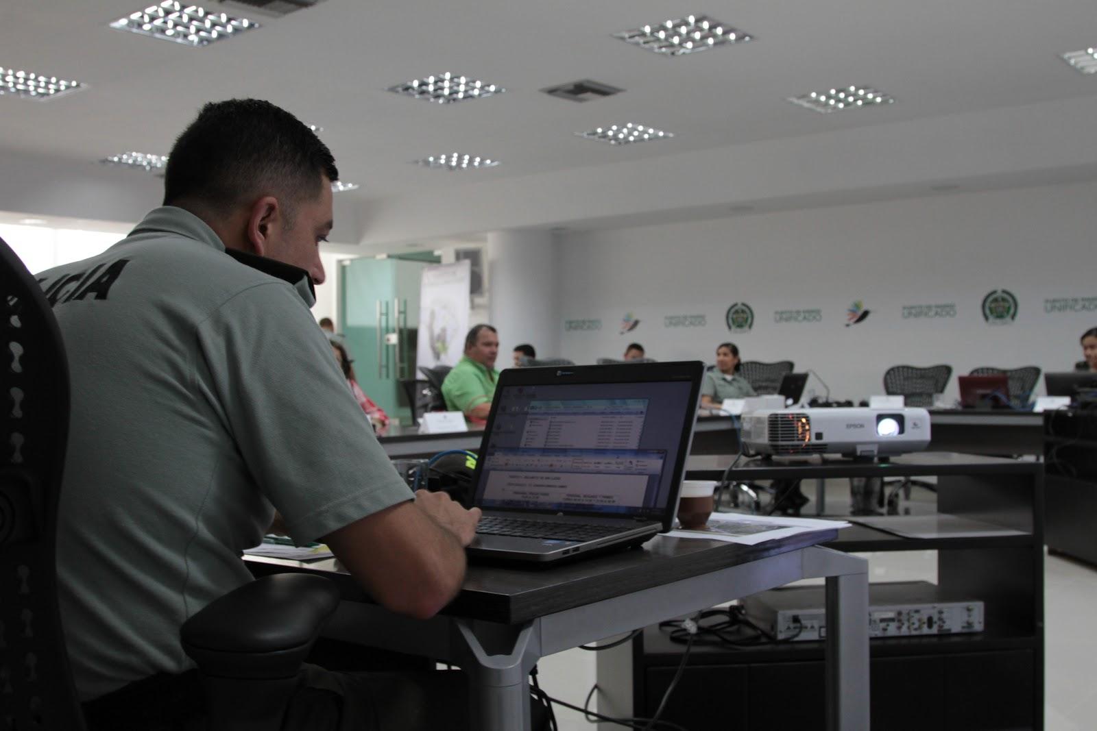 Cibercultura for Oficina policia nacional