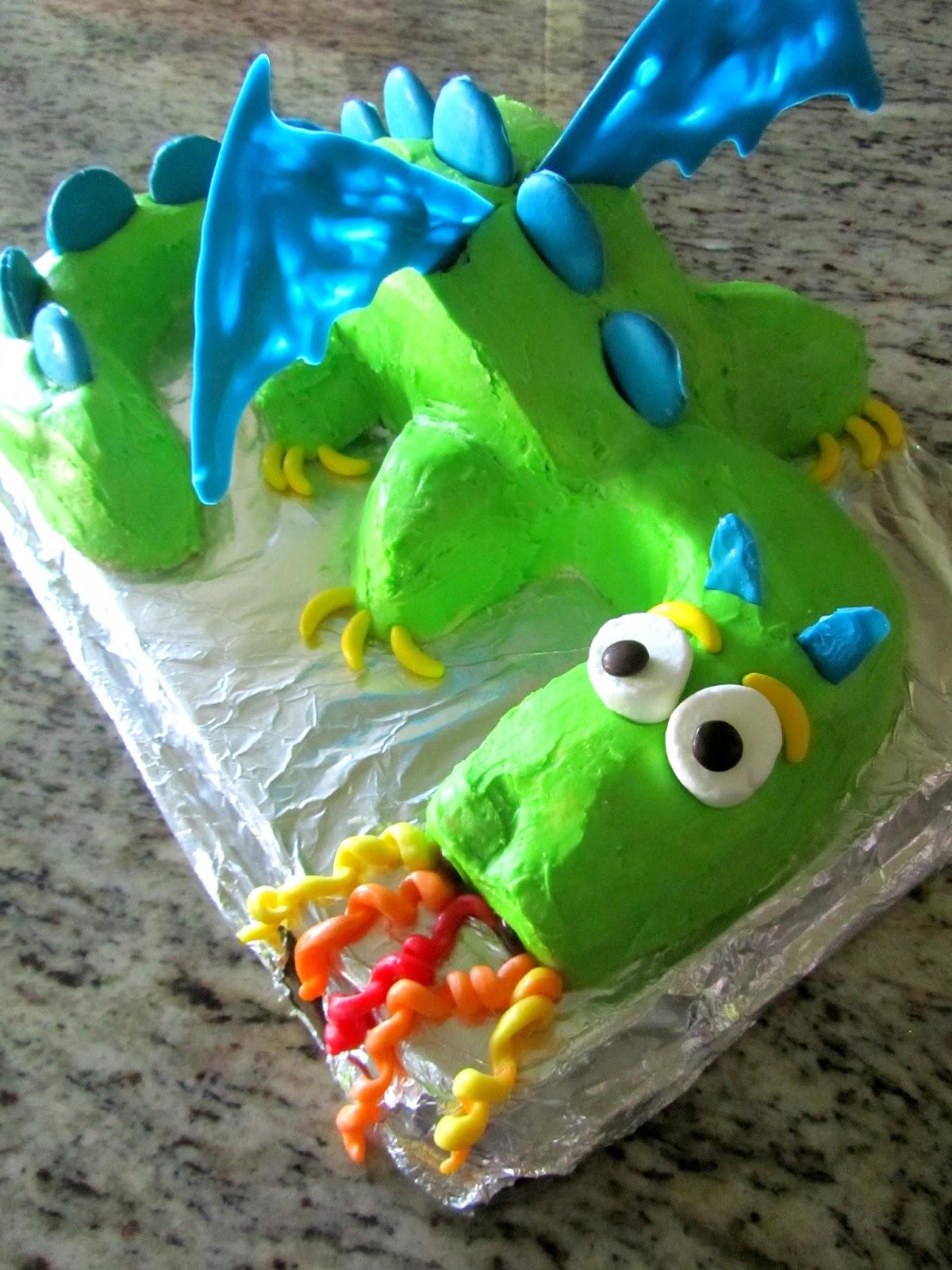 Dragon Birthday Cake | Pinning with Purpose